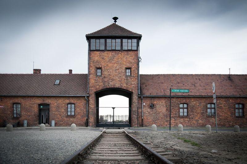 auschwitz-camp