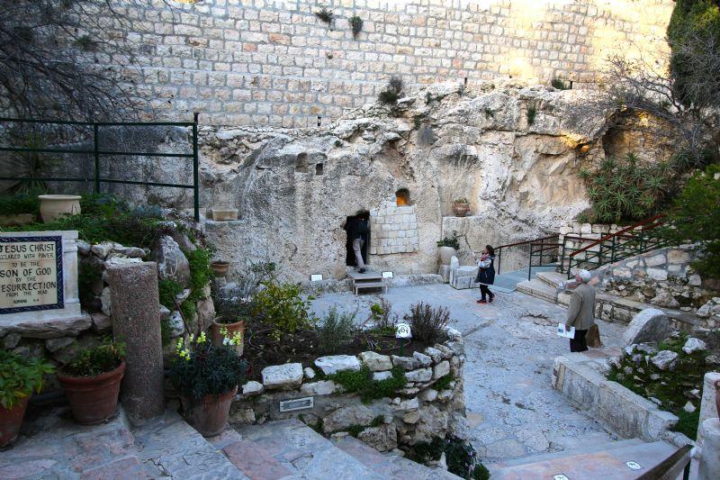 garden tomb main(1)